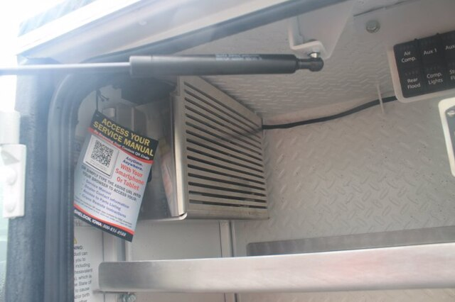 2020 Ford F-550 Regular Cab DRW 4x4, Maintainer Crane Body #G6426 - photo 8