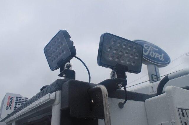 2020 Ford F-550 Regular Cab DRW 4x4, Maintainer Crane Body #G6426 - photo 18