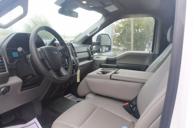 2020 Ford F-550 Regular Cab DRW 4x4, Maintainer Crane Body #G6426 - photo 39