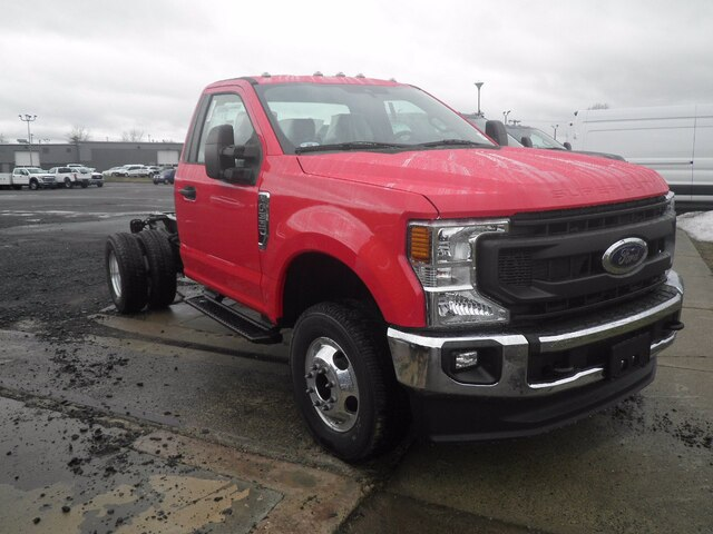 2021 Ford F-350 Regular Cab DRW 4x4, Cab Chassis #G7364 - photo 1