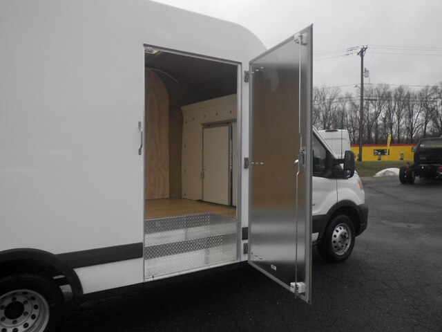 2020 Ford Transit 350 HD DRW 4x2, Unicell Cutaway Van #G7403 - photo 10