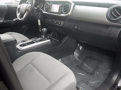 2017 Toyota Tacoma Double Cab 4x4, Pickup #G7569A - photo 12