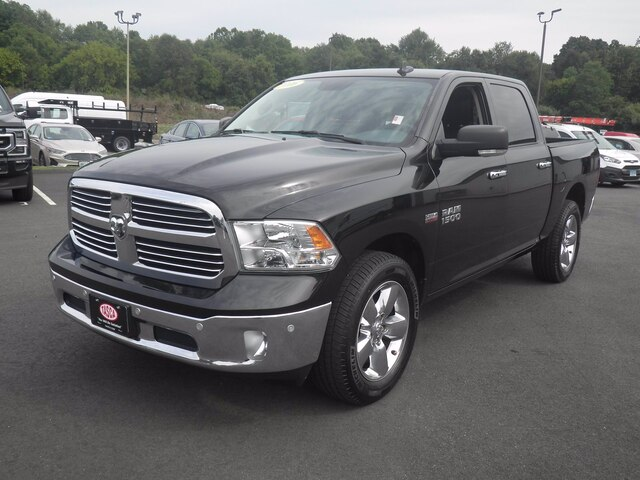 2016 Ram 1500 Crew Cab 4x4, Pickup #H3752A - photo 19