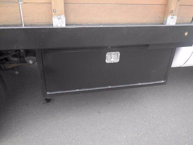 2016 Ford F-550 Crew Cab DRW 4x4, Stake Bed #H3812 - photo 11