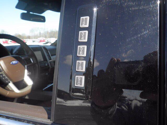 2020 Ford F-250 Crew Cab 4x4, Pickup #H3902 - photo 16