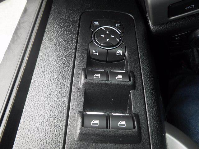 2017 Ford F-150 SuperCrew Cab 4x4, Pickup #H3965 - photo 32