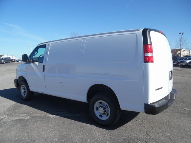 2017 Express 3500 Cargo Van #17-1078 - photo 6