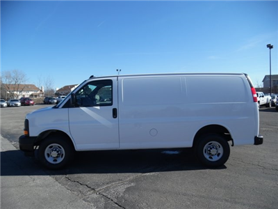 2017 Express 3500 Cargo Van #17-1078 - photo 5