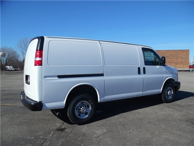 2017 Express 3500 Cargo Van #17-1078 - photo 9