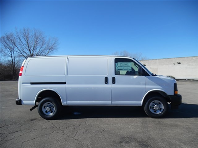 2017 Express 3500 Cargo Van #17-1078 - photo 10