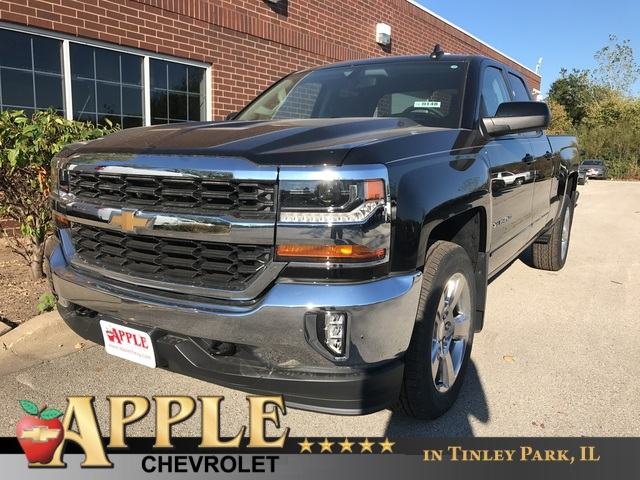 2018 Silverado 1500 Double Cab 4x4, Pickup #18-0148 - photo 1