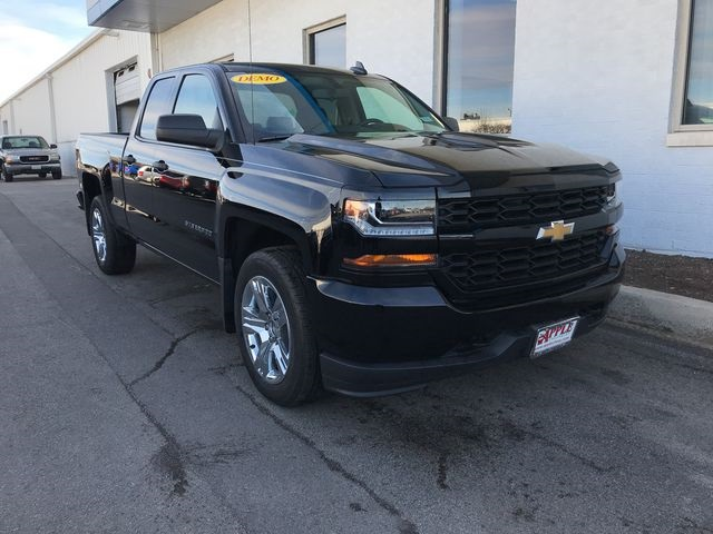 2018 Silverado 1500 Double Cab 4x4,  Pickup #18-0161 - photo 9