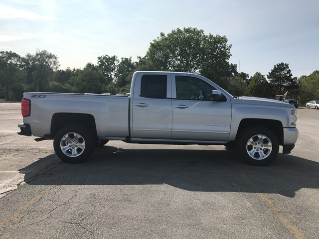 2018 Silverado 1500 Extended Cab 4x4 Pickup #18-0182 - photo 10