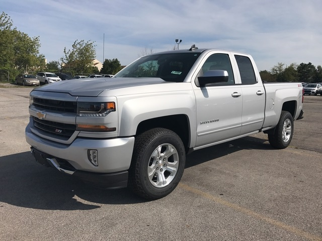 2018 Silverado 1500 Extended Cab 4x4 Pickup #18-0182 - photo 4