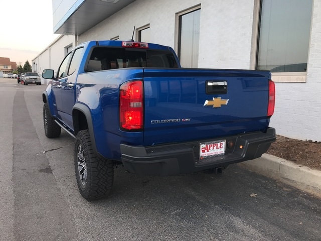 2018 Colorado Crew Cab 4x4 Pickup #18-0334 - photo 2