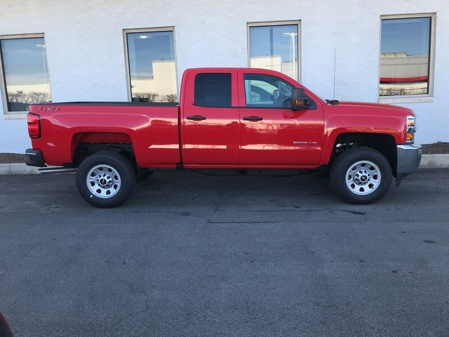 2018 Silverado 2500 Double Cab 4x4, Pickup #18-1081 - photo 8