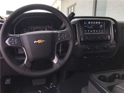 2018 Silverado 1500 Crew Cab 4x4, Pickup #18-1348 - photo 18