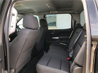 2018 Silverado 1500 Crew Cab 4x4,  Pickup #18-1384 - photo 17