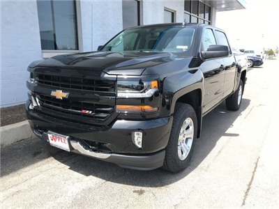 2018 Silverado 1500 Crew Cab 4x4,  Pickup #18-1384 - photo 4