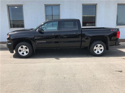 2018 Silverado 1500 Crew Cab 4x4,  Pickup #18-1384 - photo 5