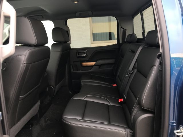 2018 Silverado 1500 Crew Cab 4x4,  Pickup #18-1491 - photo 17