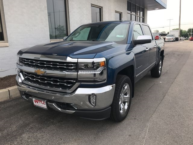 2018 Silverado 1500 Crew Cab 4x4,  Pickup #18-1491 - photo 4