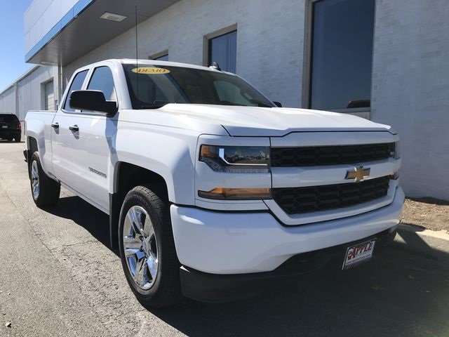 2018 Silverado 1500 Double Cab 4x2,  Pickup #18-1510 - photo 4