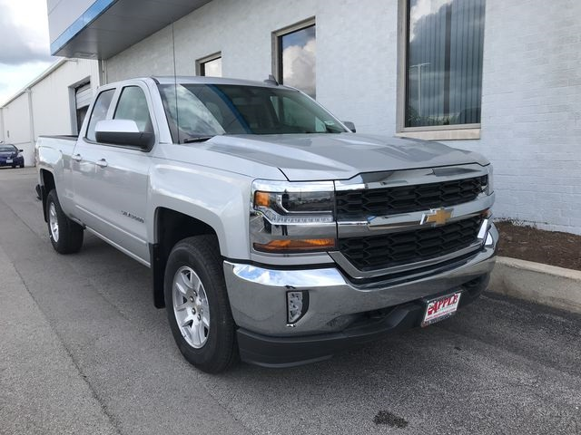 2018 Silverado 1500 Double Cab 4x4,  Pickup #18-1546 - photo 3