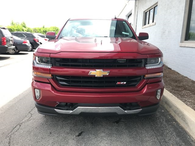 2018 Silverado 1500 Crew Cab 4x4,  Pickup #18-1743 - photo 4