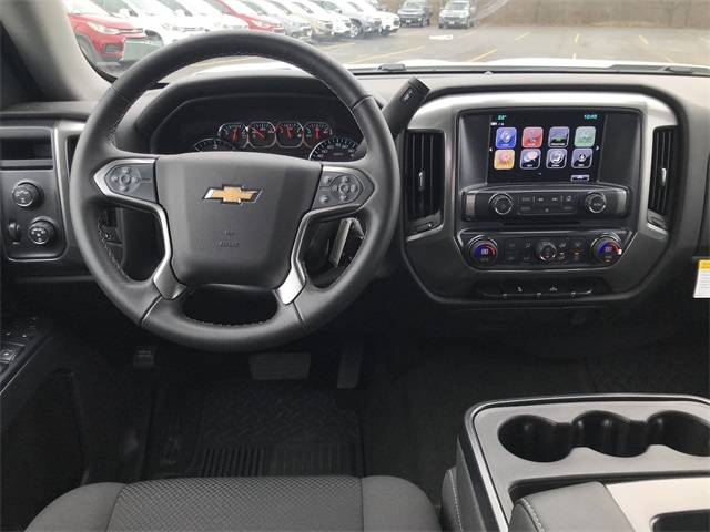 2018 Silverado 1500 Crew Cab 4x4,  Pickup #18-2013 - photo 18