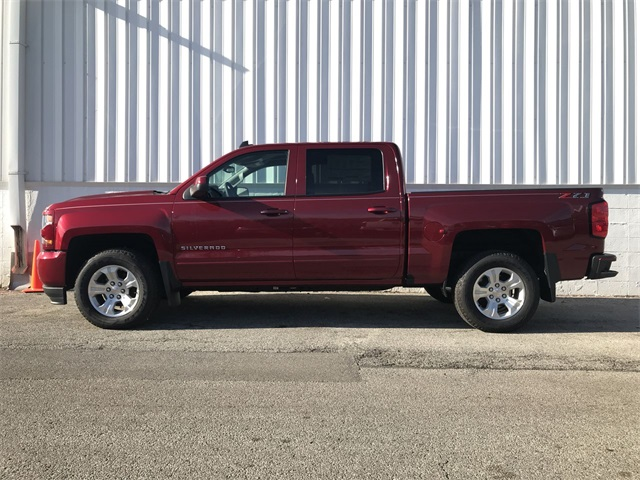 2018 Silverado 1500 Crew Cab 4x4,  Pickup #18-2137 - photo 6