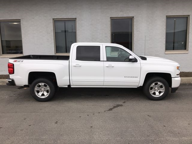2018 Silverado 1500 Crew Cab 4x4,  Pickup #18-2142 - photo 9