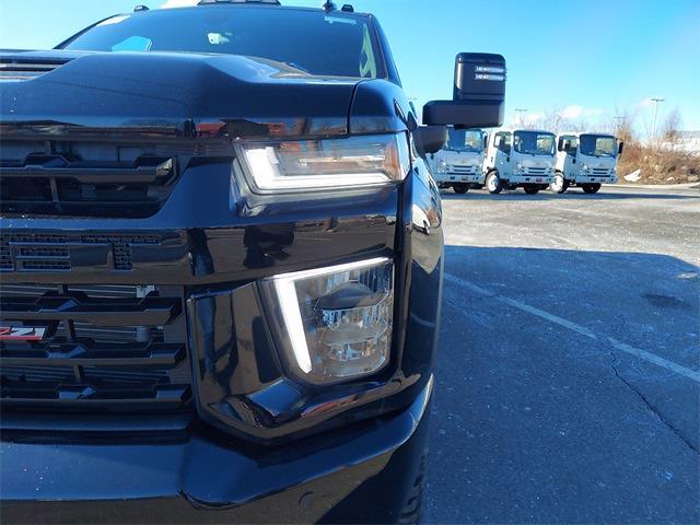 2021 Chevrolet Silverado 2500 Crew Cab 4x4, Pickup #N158558A - photo 9