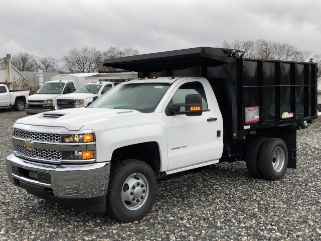 2019 Silverado 3500 Regular Cab DRW 4x4,  Reading Landscape Dump #N158717 - photo 1