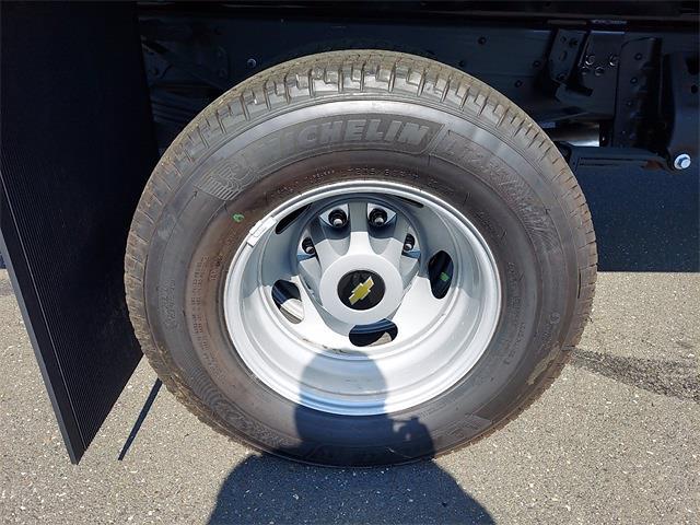 2021 Silverado 3500 Regular Cab 4x4,  Chipper Body #N223328 - photo 5