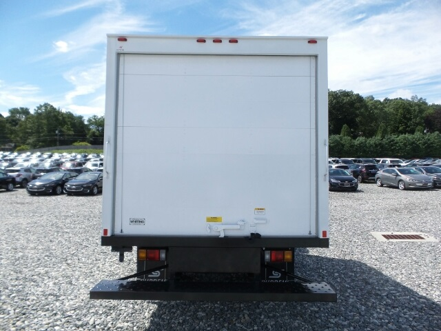 2017 LCF 3500 Regular Cab, Supreme Dry Freight #N800709 - photo 3