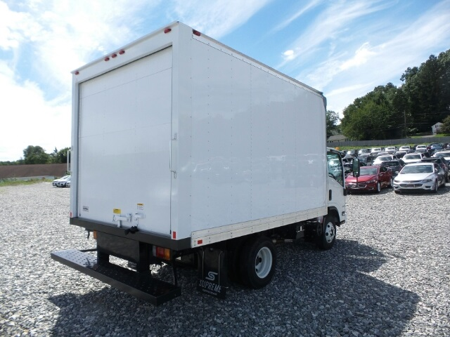 2017 LCF 3500 Regular Cab, Supreme Dry Freight #N800709 - photo 4