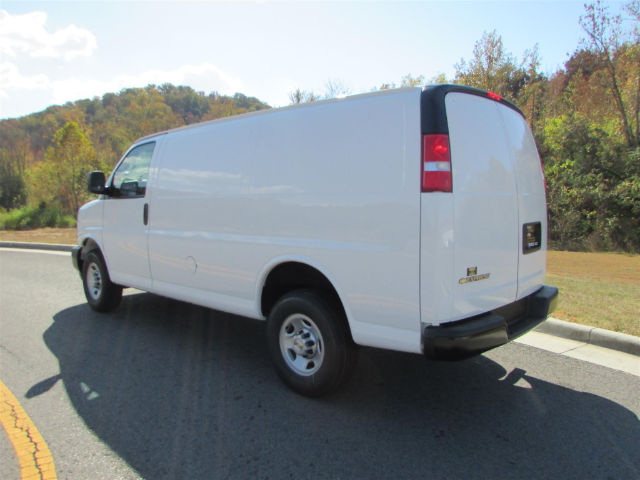 2017 Express 2500, Cargo Van #43662 - photo 3