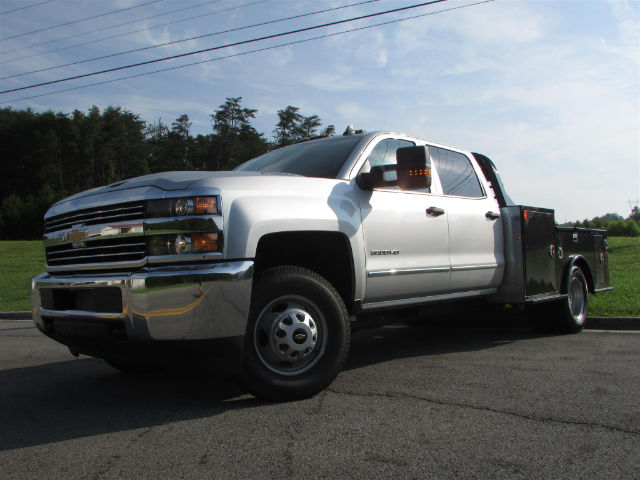 2017 Silverado 3500 Crew Cab 4x4 Hauler Body #44790 - photo 4