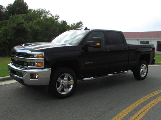 2017 Silverado 2500 Crew Cab 4x4 Pickup #44900 - photo 3