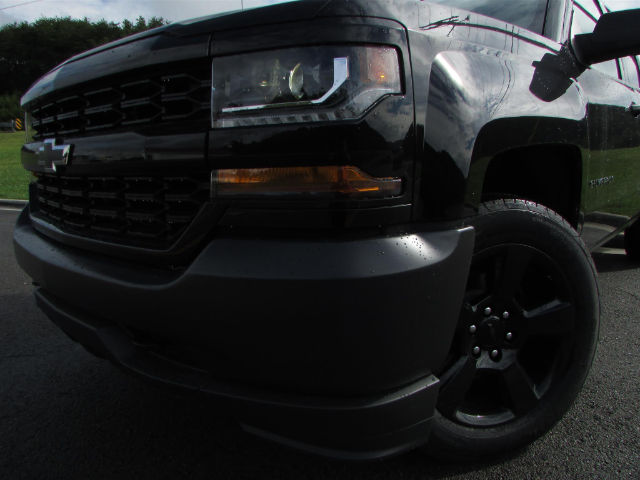 2018 Silverado 1500 Extended Cab 4x4 Pickup #45143 - photo 10