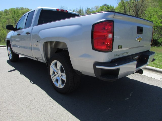 2018 Silverado 1500 Double Cab, Pickup #45173 - photo 2