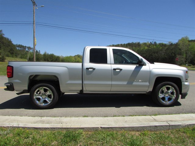 2018 Silverado 1500 Double Cab, Pickup #45173 - photo 9