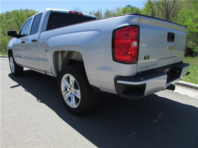 2018 Silverado 1500 Double Cab 4x2,  Pickup #45173 - photo 2