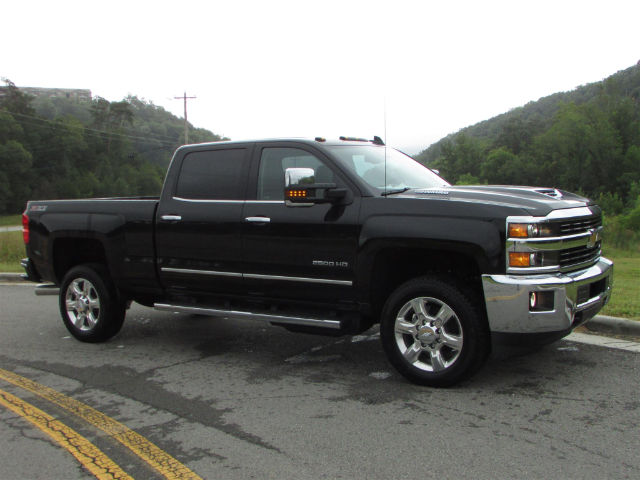 2017 Silverado 2500 Crew Cab 4x4 Pickup #45375 - photo 8