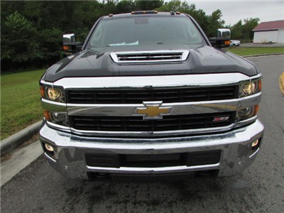 2017 Silverado 2500 Crew Cab 4x4 Pickup #45375 - photo 9