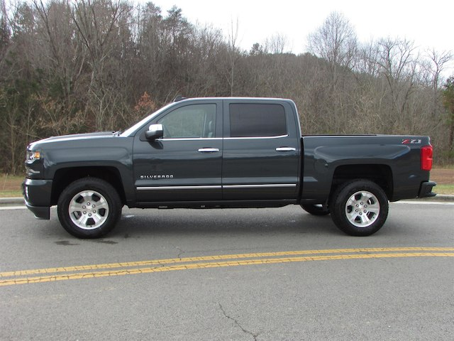 2018 Silverado 1500 Crew Cab 4x4 Pickup #45761 - photo 4