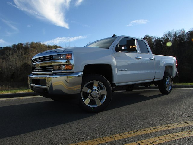 2018 Silverado 2500 Extended Cab 4x4 Pickup #45767 - photo 3