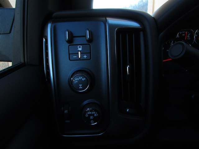 2018 Silverado 1500 Crew Cab 4x4, Pickup #45776 - photo 20