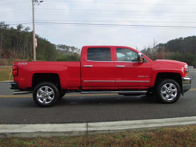 2017 Silverado 2500 Crew Cab 4x4 Pickup #45800 - photo 6